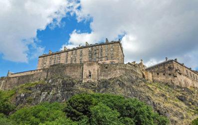 El castillo de Edimburgo, una fortaleza en el corazón de la ciudad