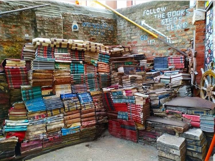 Librería Acqua Alta de Venecia