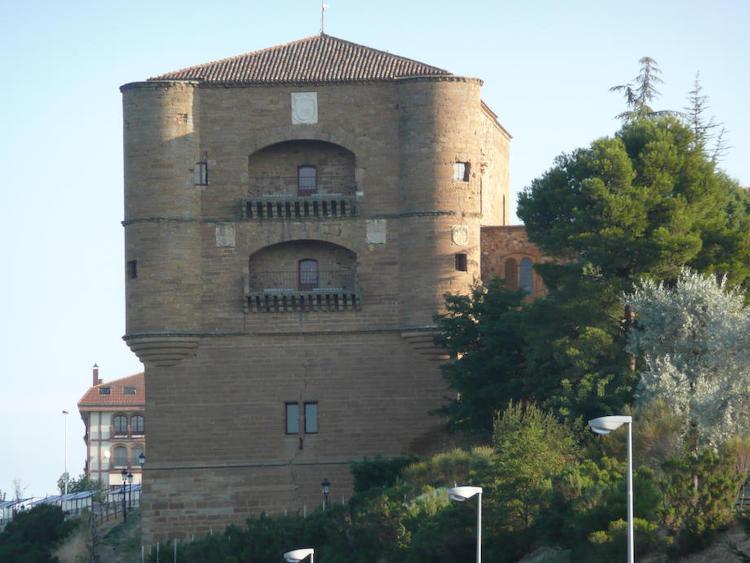 Castillo de la Mota, Benavente | Foto: User: Horst Goertz at  wikivoyage shared / CC BY-SA