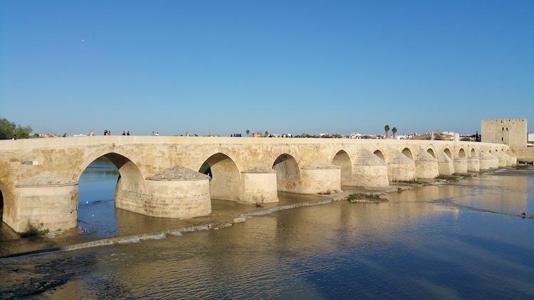 Puente Romano de Córdoba | Foto: Waldo Miguez - Pixabay