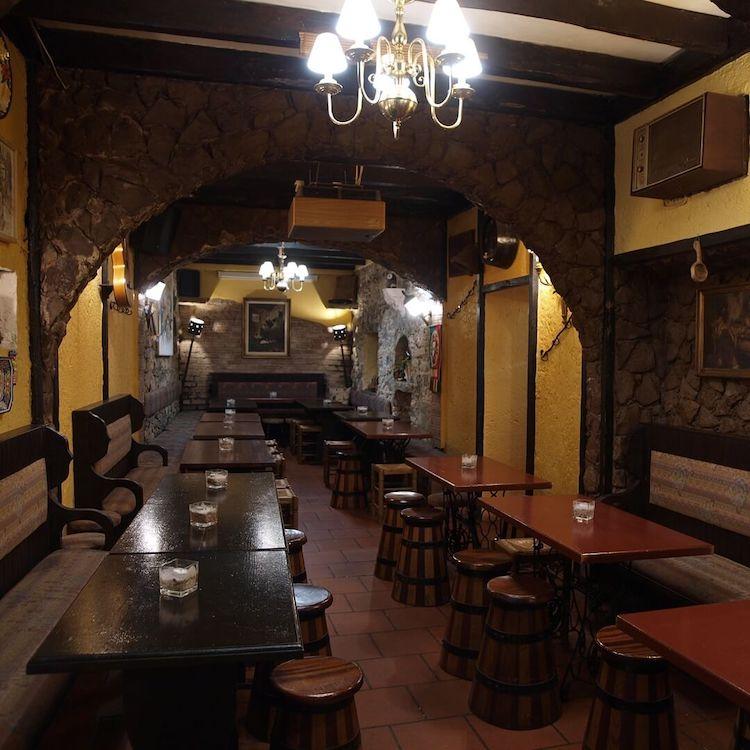 Taverna dos Trovadores, Sintra