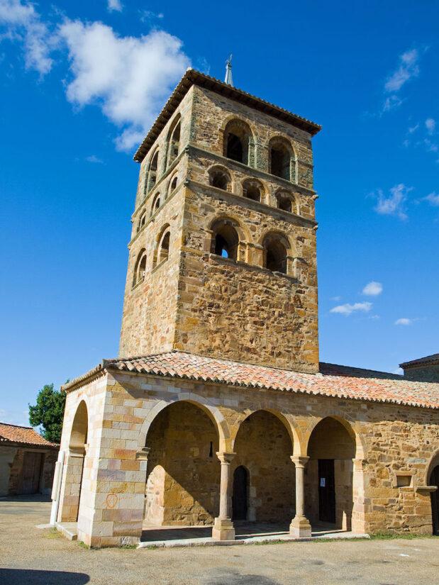Iglesa parroquial de Santa María, Tábara | Foto: Antramir / CC BY-SA