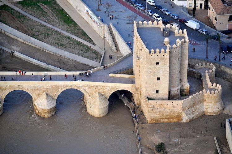Torre de la Calahorra, Córdoba | Foto: Toni Castillo Quero / CC BY-SA